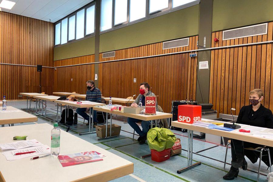 Bild der Listenversammlung der Hochheimer SPD